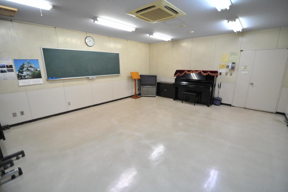 藤久保公民館視聴覚室