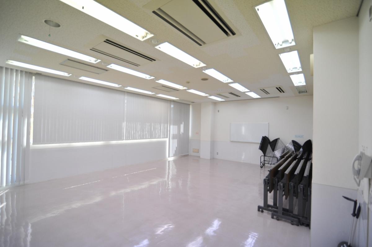竹間沢公民館学習室